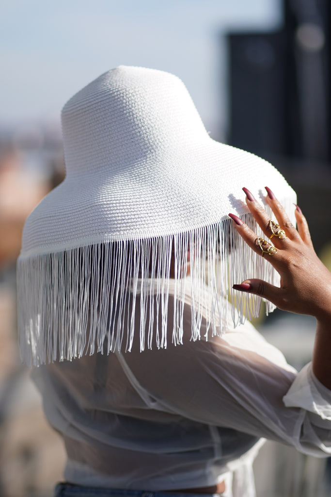 Royal Mystery Fringe Hat (White)