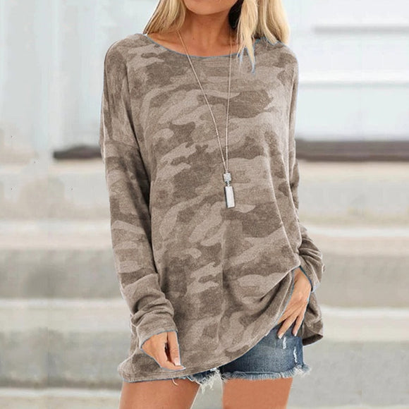 Women's camouflage print long sleeve crew neck pullover