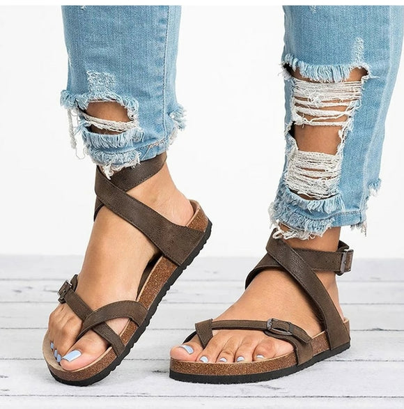Women's leather strapped gladiator sandals