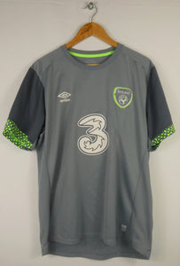 Umbro Ireland Training Jersey (XL)