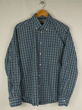 Load image into Gallery viewer, Barbour Blue Check Shirt (M)