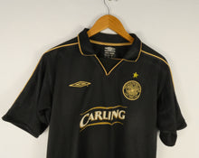 Load image into Gallery viewer, 2003-04 Umbro Celtic Jersey (Away) (M)