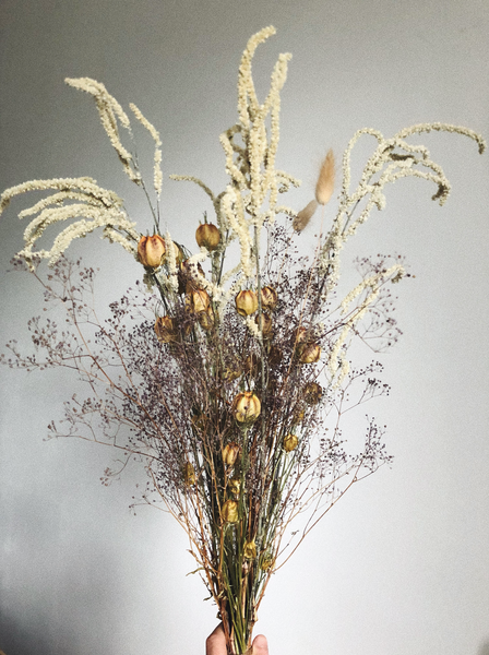 THE NATURAL TONE FLORAL ARRANGEMENT