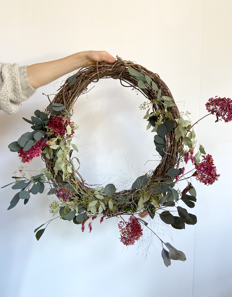 HYDRANGEA WREATH  FLORAL ARRANGEMENT