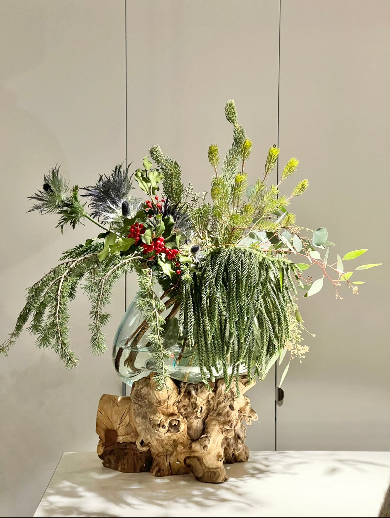 CHRISTMAS ARRANGEMENT with Teak Hand Blowned Glass