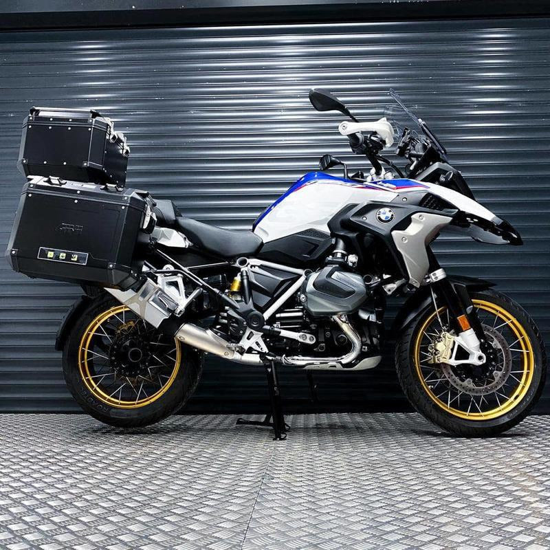 Rev Comps Competition 2018 BMW R1250 HP Adventure Bike Win Cars Bikes Vans