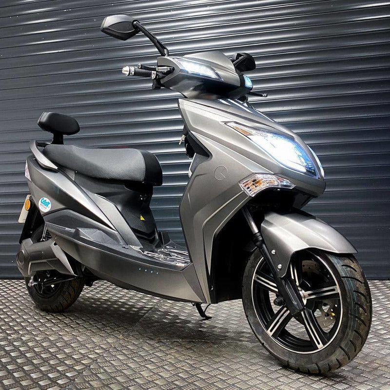 Rev Comps Competition Brand New 2020 Sunra Electric Scooter Win Cars Bikes Vans
