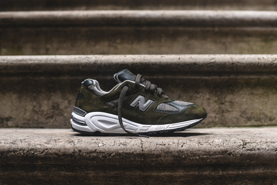 New Balance M990V2 Distinct - Olive