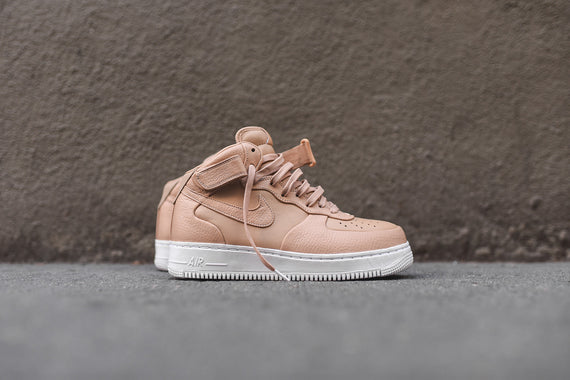 NikeLab Air Force One Mid - Vachetta