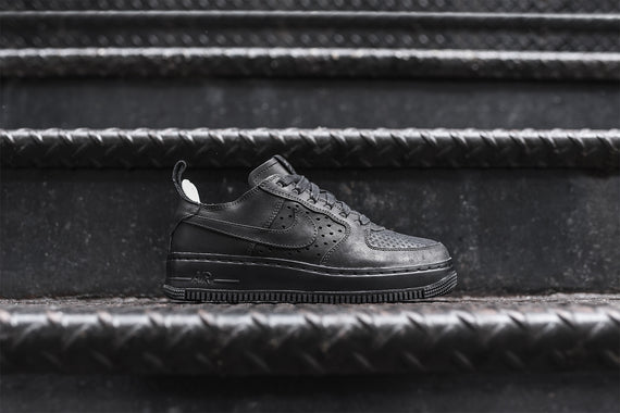 Nike WMNS Air Force 1 CMFT TC SP - Black / Sail