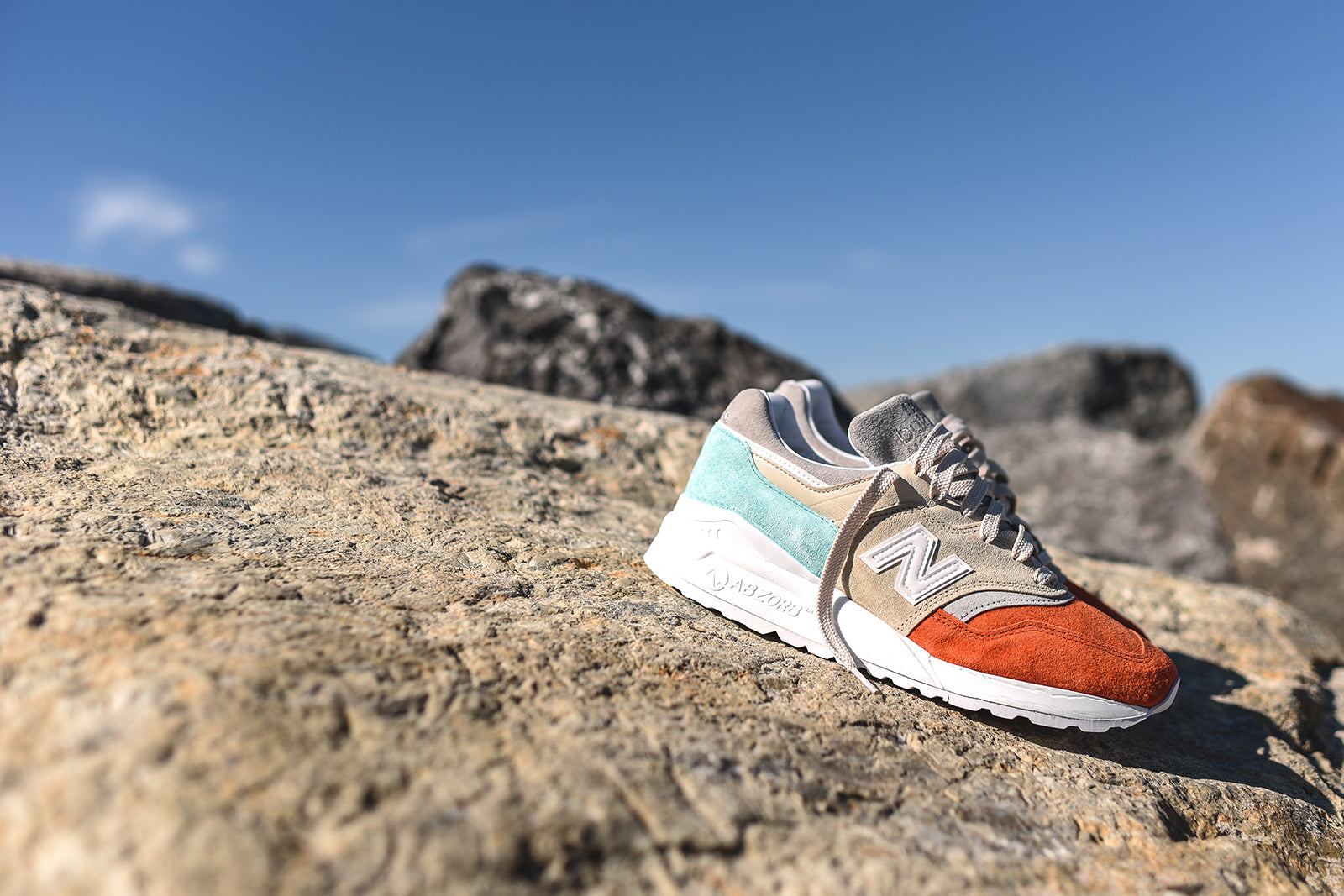 free shipping d8597 58158 Ronnie Fieg x New Balance Mykonos 997.5 Collection – Kith