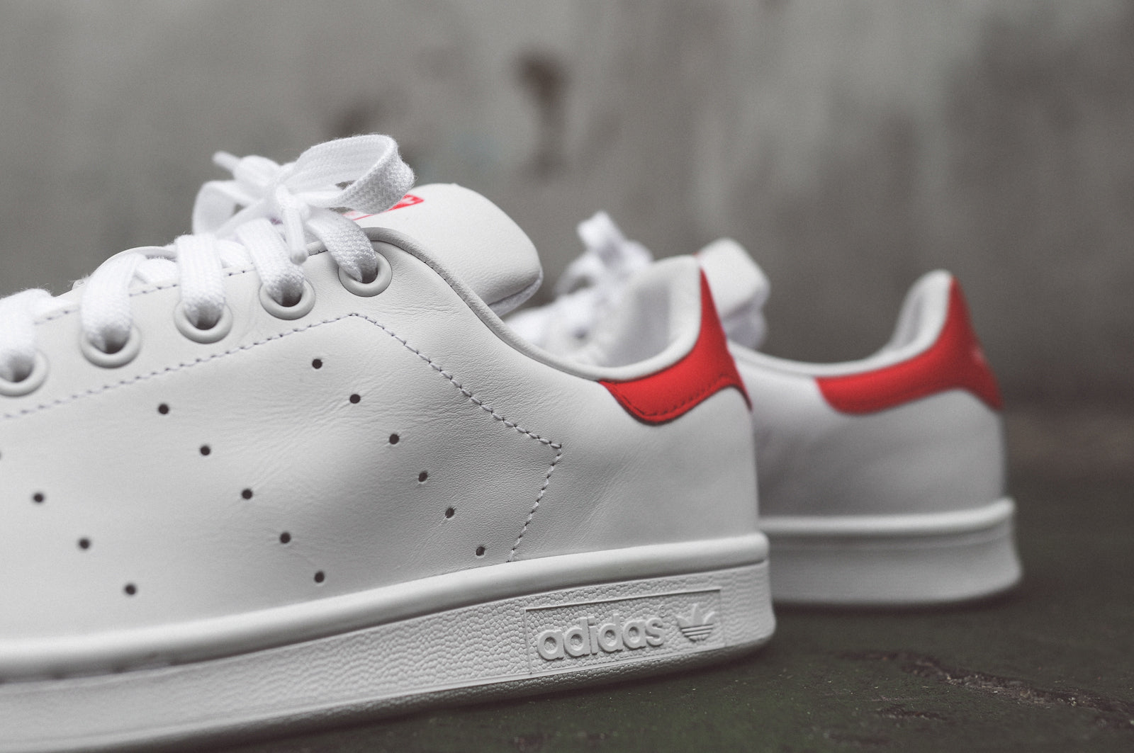online store 8fb26 8bb2b ... clearance adidas originals stan smith og white green white red 25760  72b49