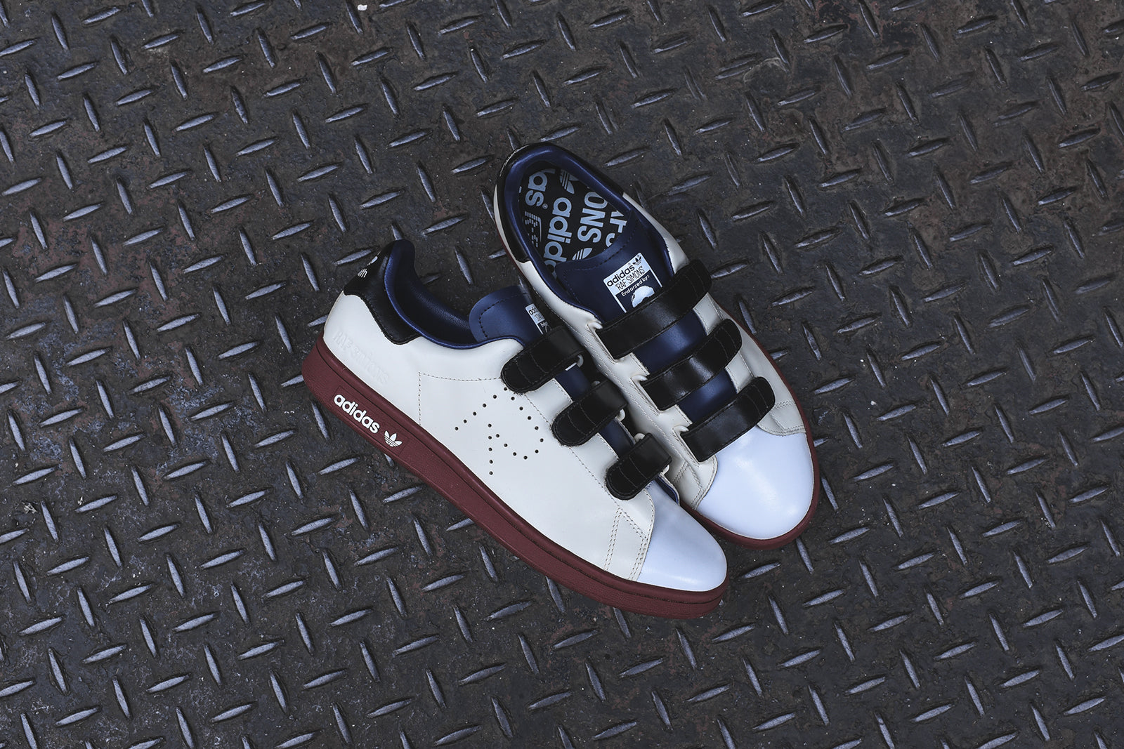 541cd5d37a38 adidas Originals x Raf Simons Stan Smith Velcro - Cream White   Navy ...