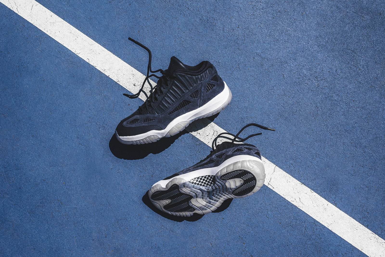 Nike Air Jordan 11 Retro Low LE - Navy   White – Kith 1b5e9e955ce1