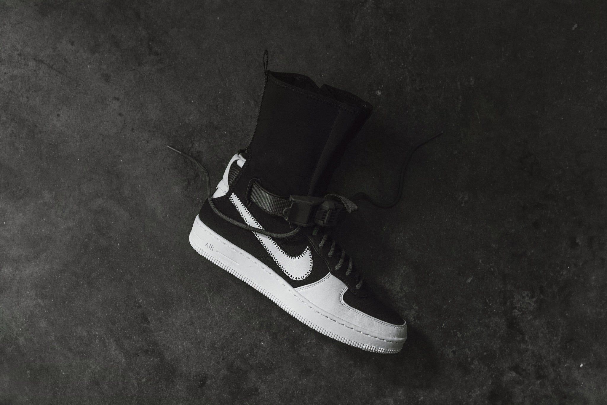 b6c7b4e3d1ca5b NikeLab x Acronym Air Force 1 Downtown High SP - Black   White  Olive.  February 09