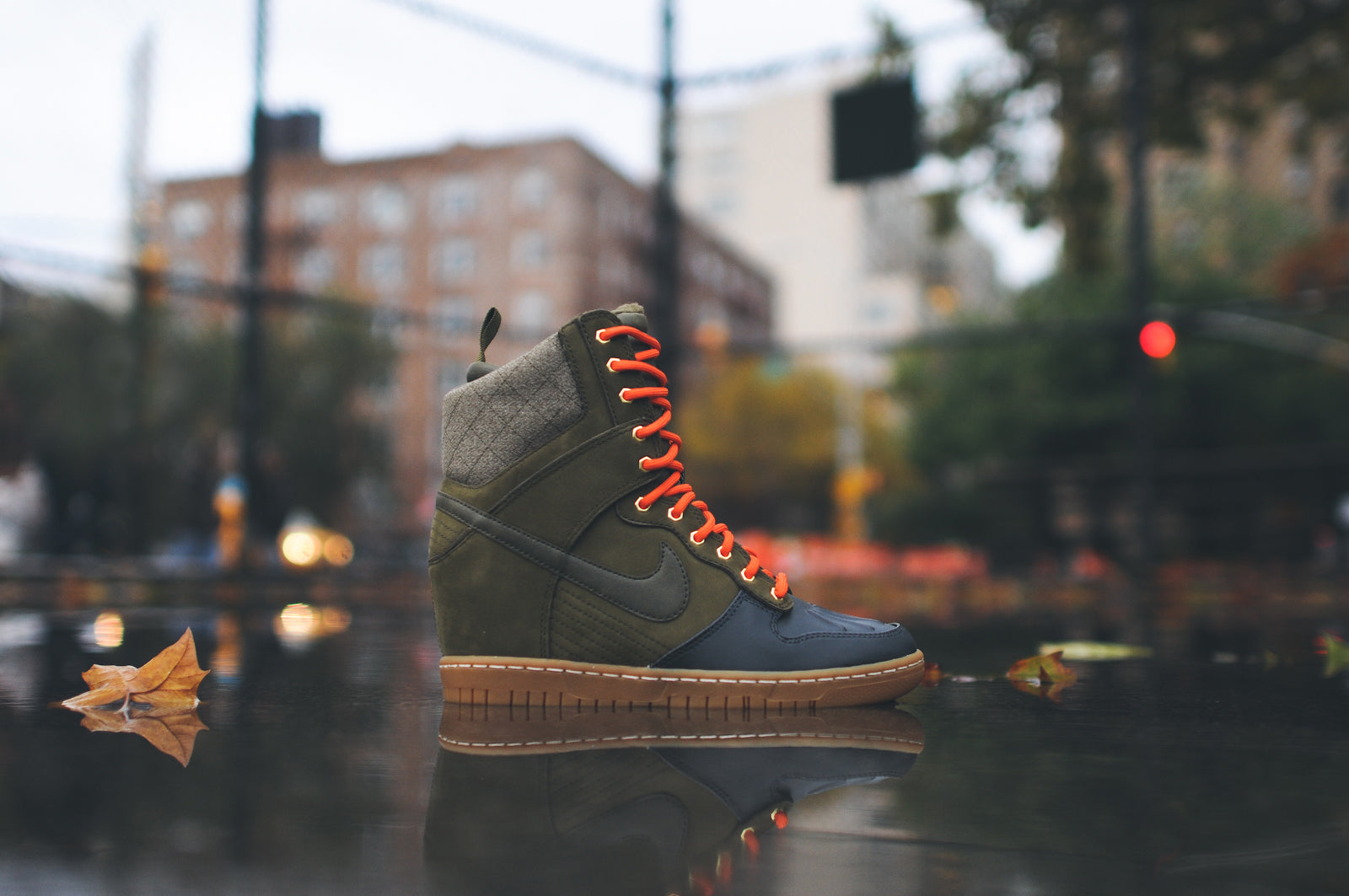 quality design 33da1 b140f NIKE WMNS DUNK SKY HI SNEAKERBOOT 2.0 - DARK LODEN/BLACK @ KITH NYC ...