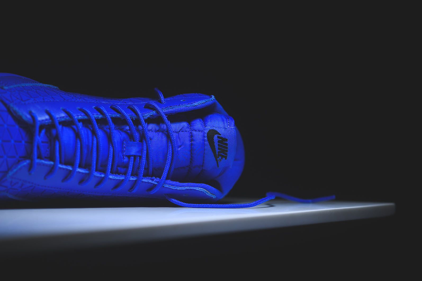sale retailer fc293 dfb4d The Blazer Mid returns in its Metric variation in its latest quickstrike  release. Contrasting the previous black model, this version features a royal  blue ...