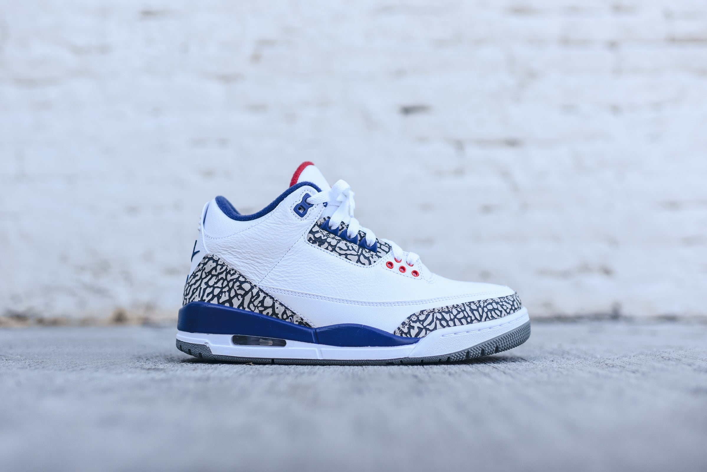 d5d3588578948e Nike Air Jordan 3 Retro OG - True Blue. November 23