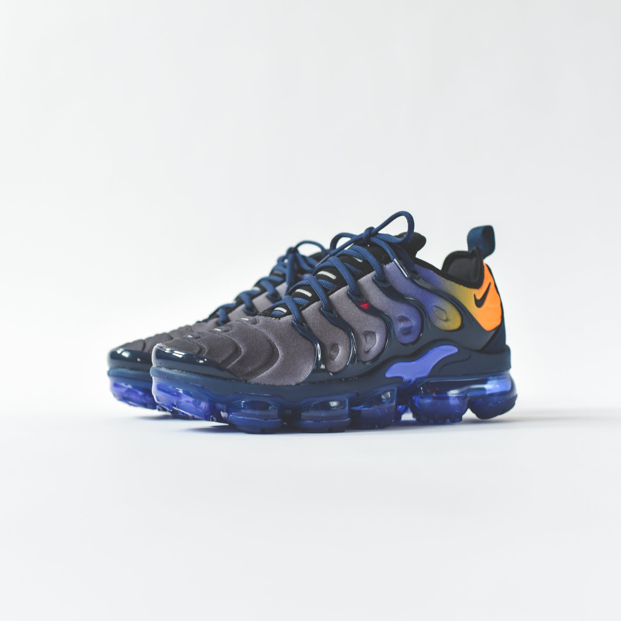 Nike WMNS Air VaporMax Plus - Purple – Kith 4f1fff214