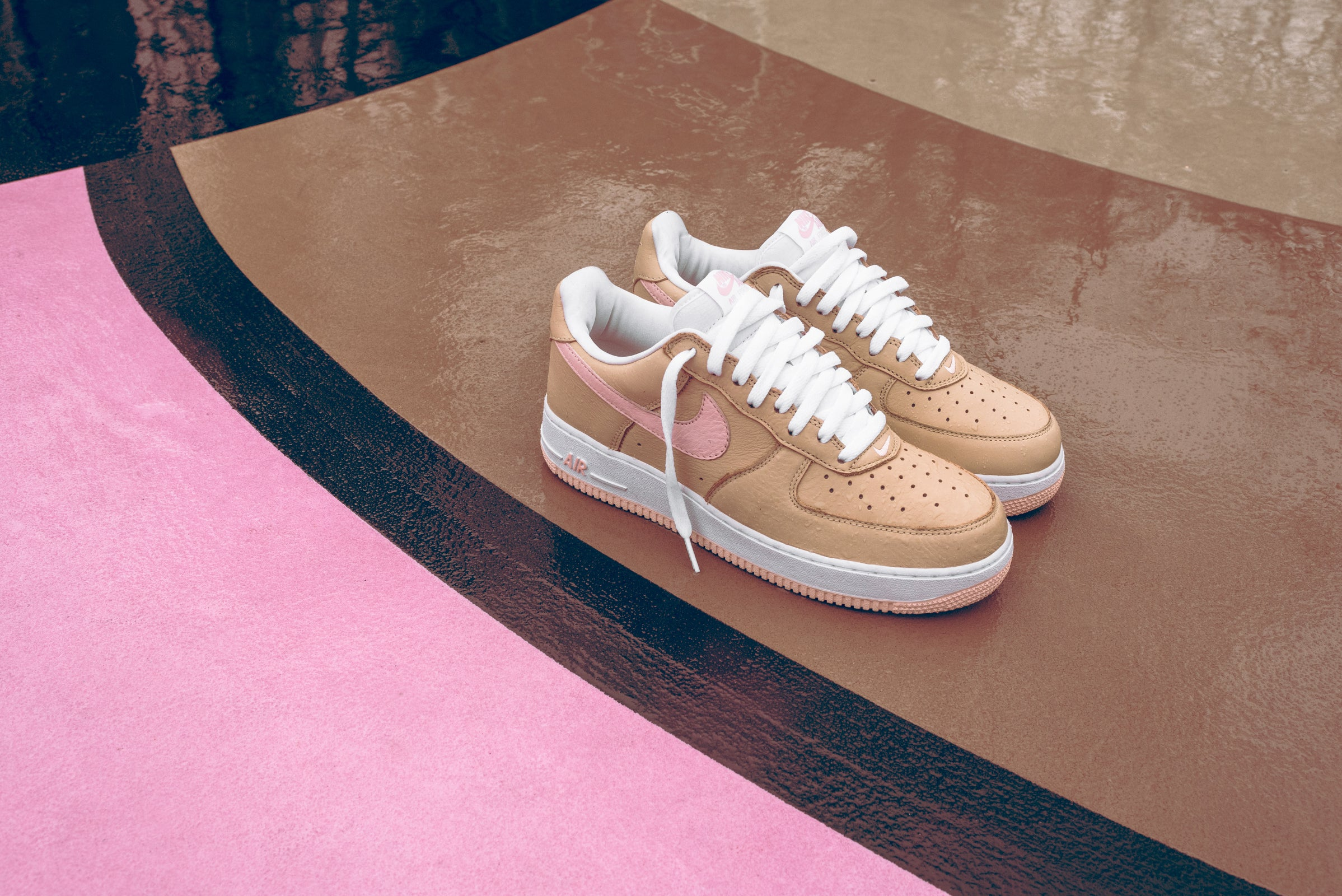 reputable site 59189 1a72c Nike and Kith Re-Launch the AF1 Linen as a Kith Miami Exclusive