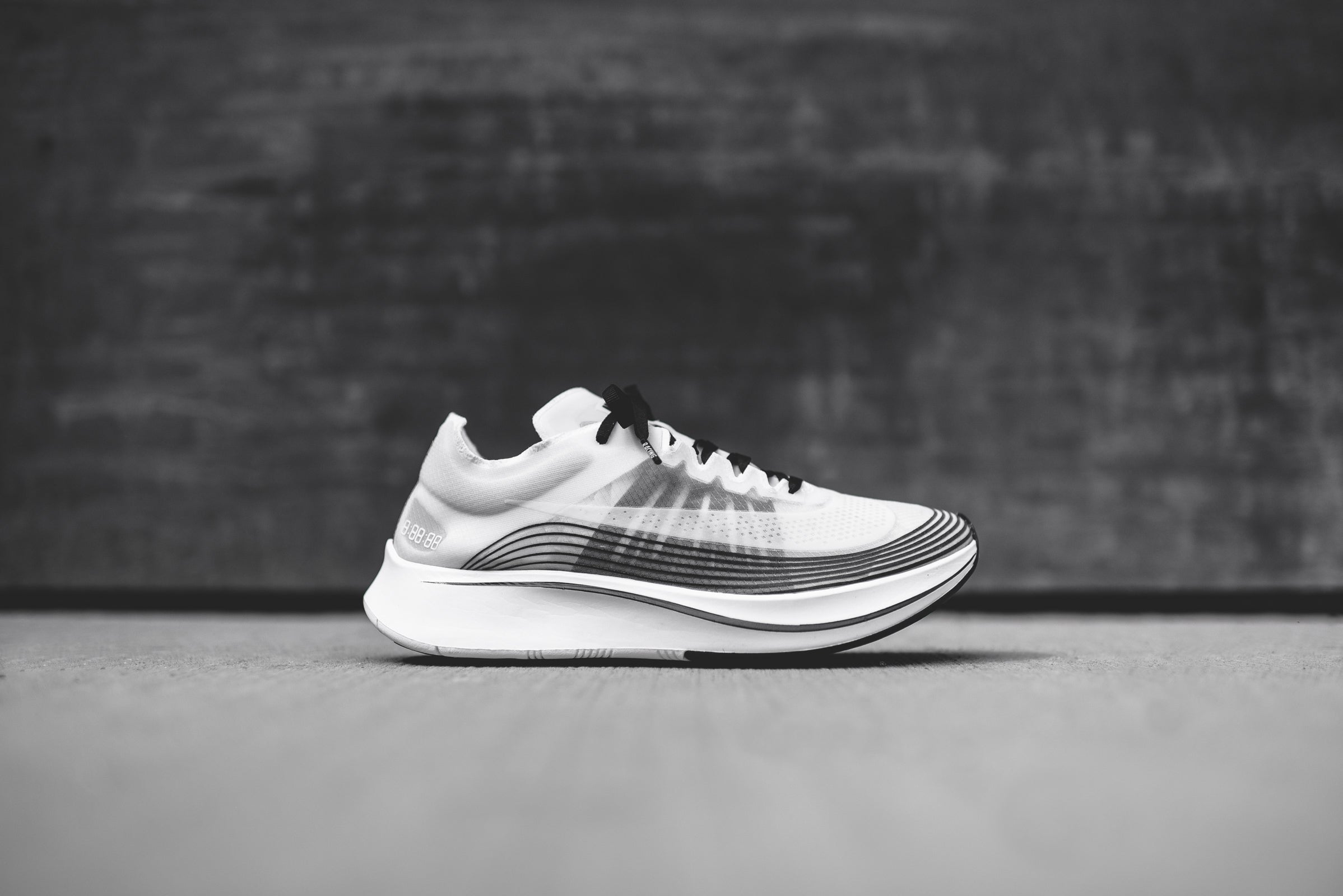 03703ff4a70c99 cheap all gray women nikelab zoom fly sp