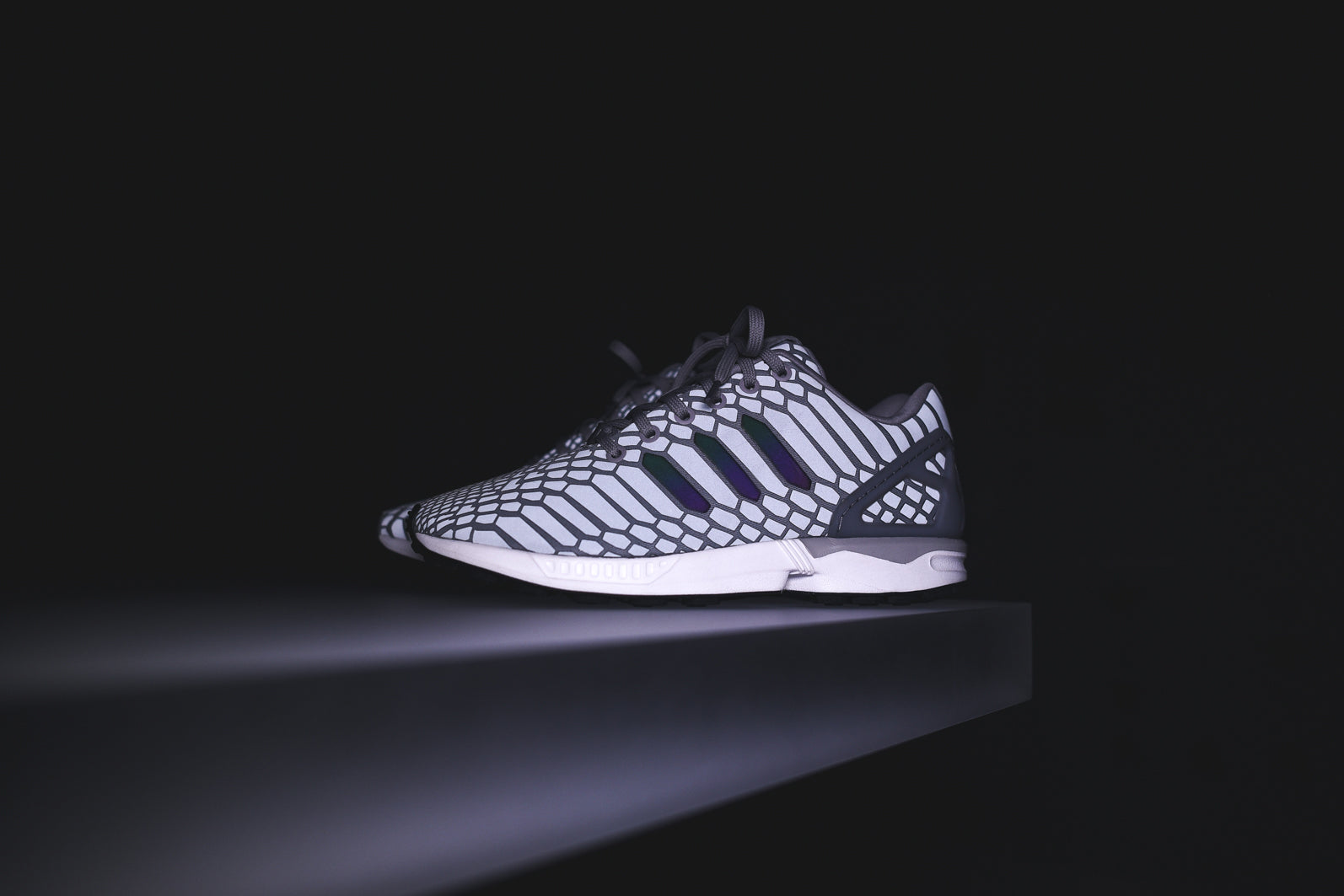 outlet store c9d72 70096 adidas Originals ZX Flux XENO - Silver – Kith