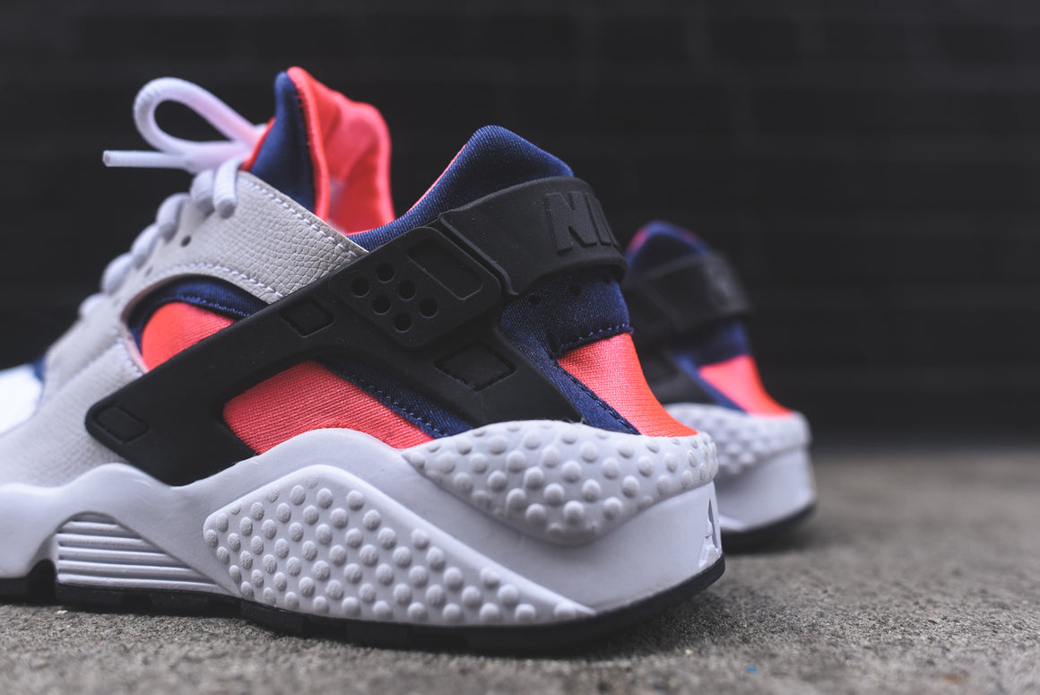 Huarache Hot Lava Blue Legend