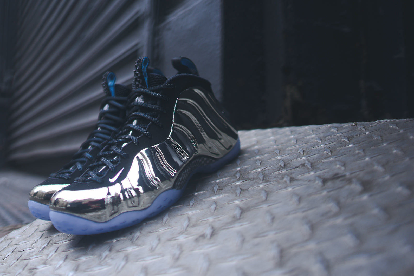 air foamposite one as qs chromeposite ? .IMAGE