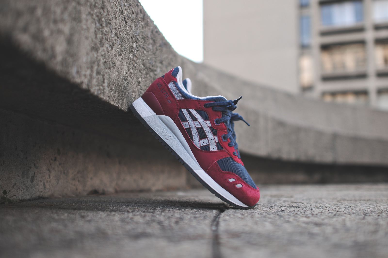 lowest price bea7a 2d49b ASICS GEL LYTE III - BURGUNDY / NAVY & GEL SAGA - BLACK ...