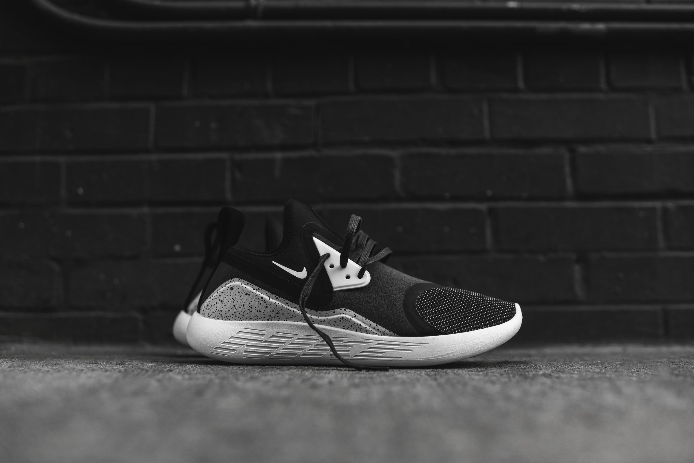 low priced 6b8a2 15461 Nike LunarCharge Premium LE – Kith