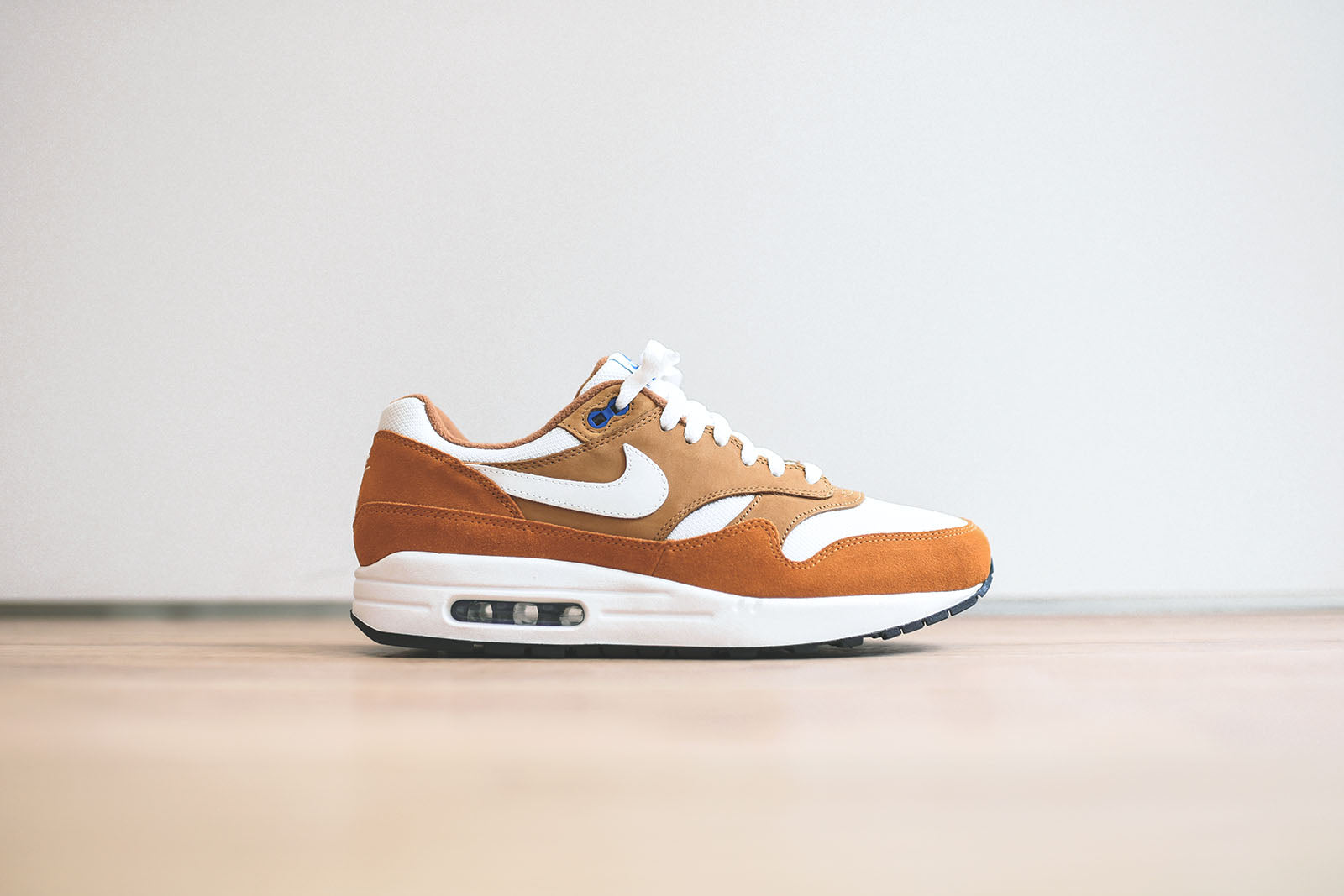 best sneakers 29958 0887a Nike Air Max 1 PRM Retro - Dark Curry  True White. May 10, 2018. -3. -1