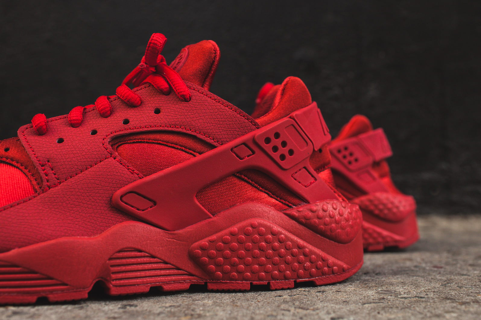 2e14318ac951 Nike WMNS Air Huarache Run - Ruby Red. November 20