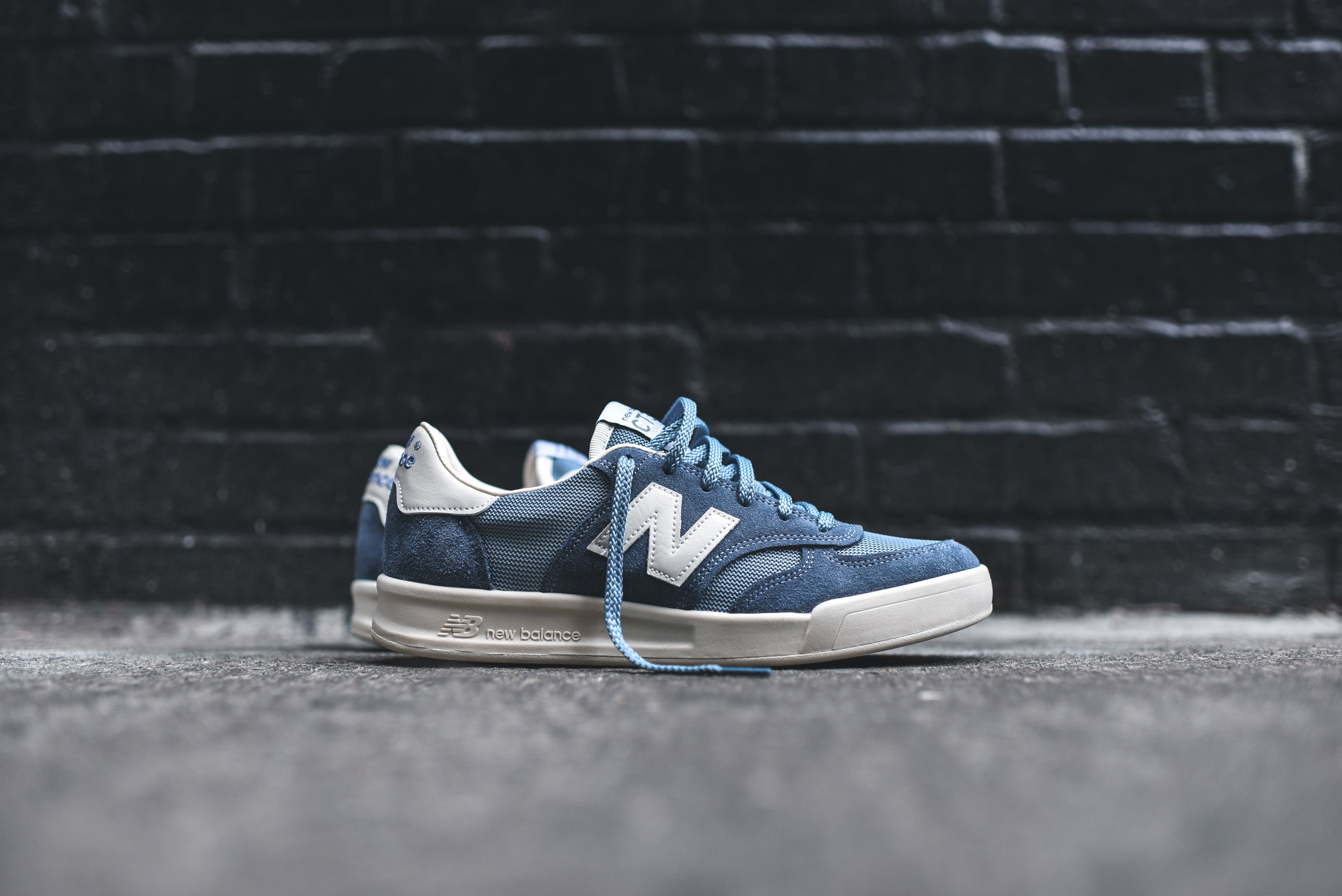 ramasser c3003 45a6f New Balance CT300 - Made in England Pack – Kith