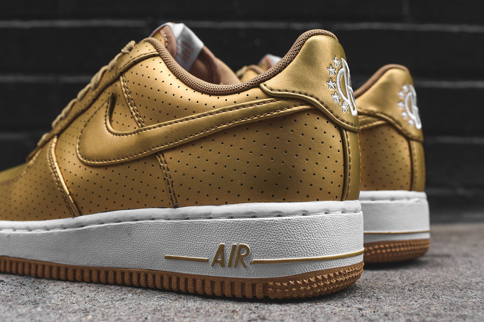 Nike Air Force One '07 LV8 - Gold – Kith