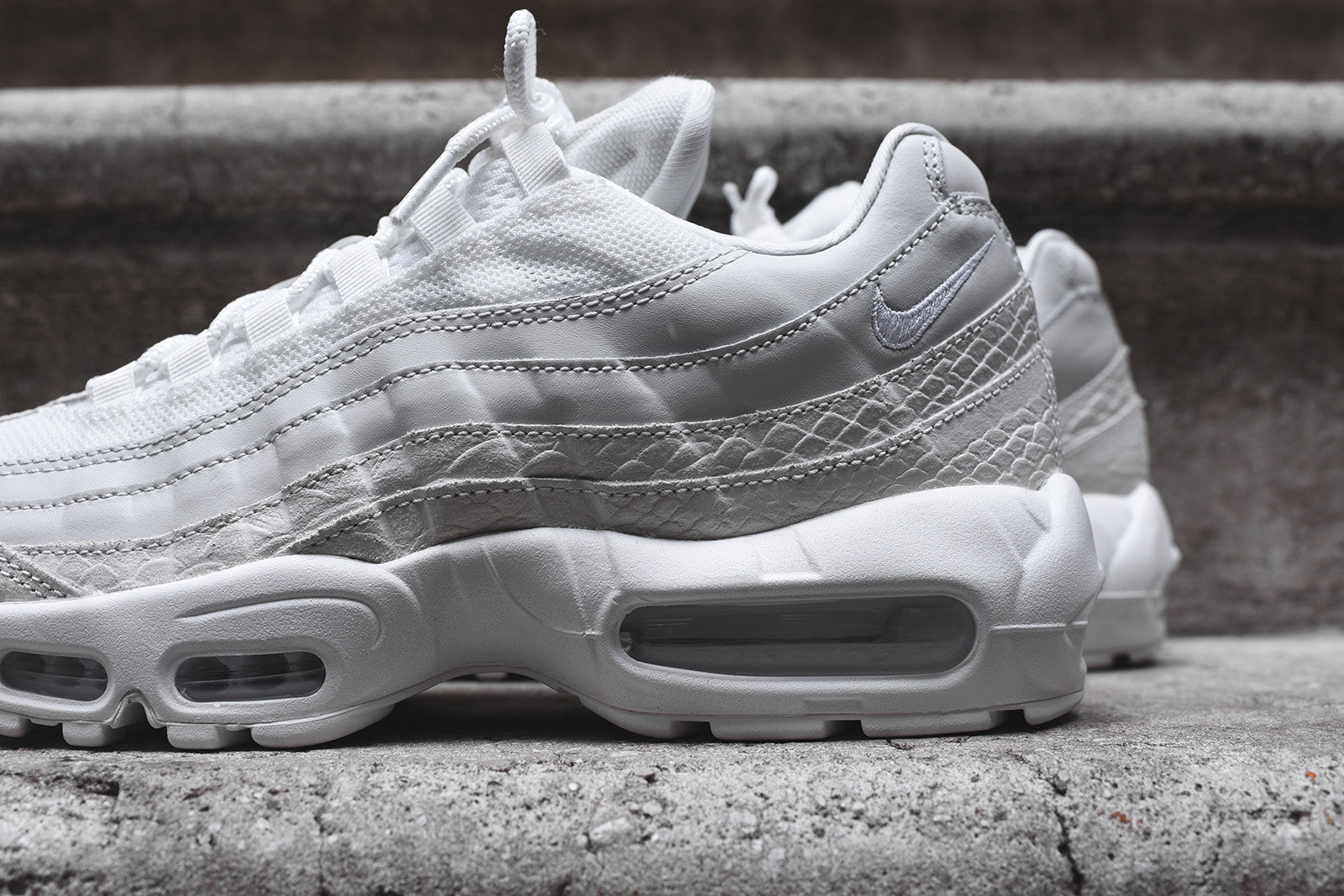 the best attitude c0a0f 0d86c Nike Air Max 95 Snake Skin
