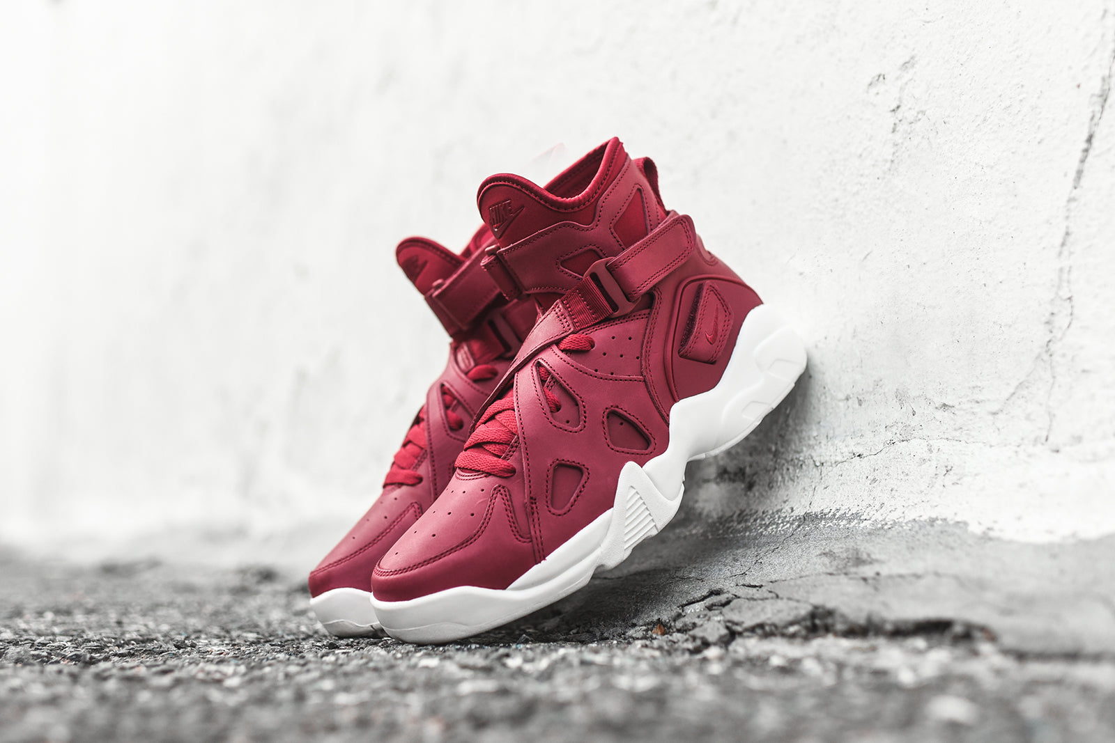 Nike Air Unlimited Red