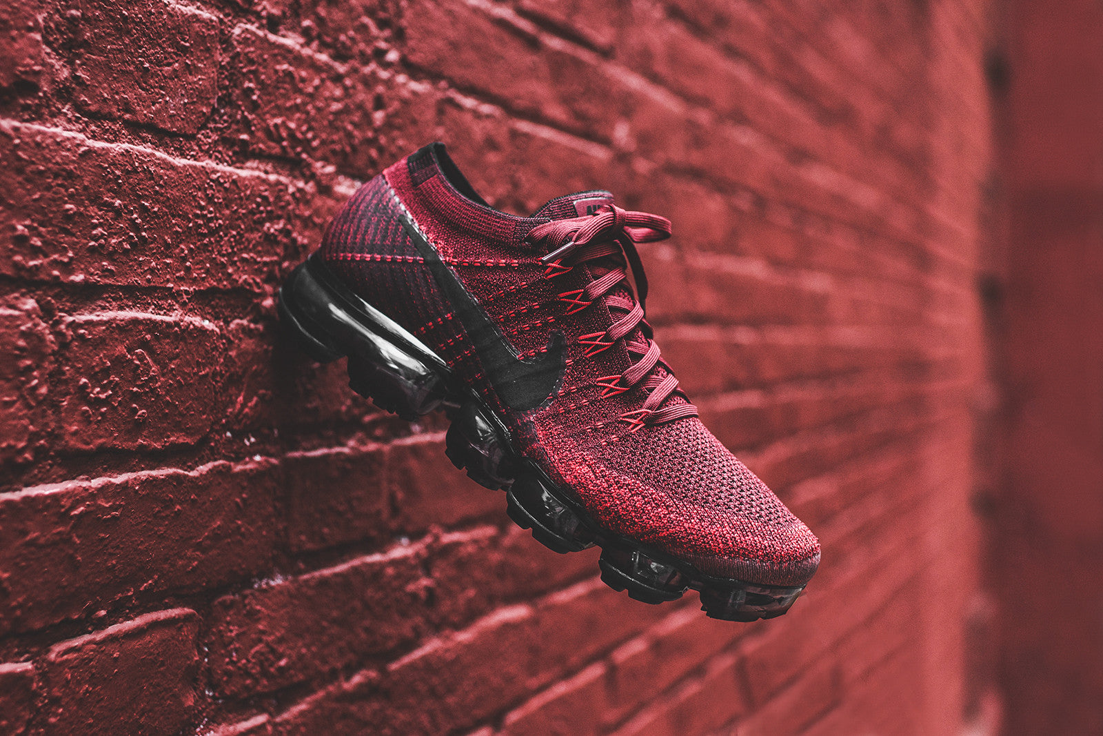 69147fbe78e Nike Air Vapormax Flyknit Men Shoes Dk Team Red Black Univ Red