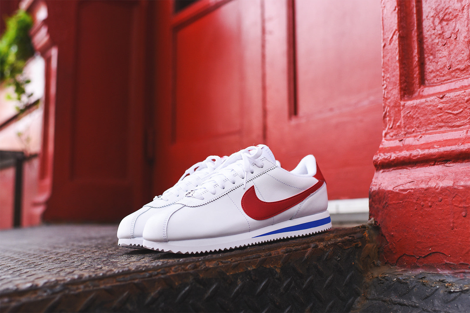 low priced 79541 6c208 ... Classic Cortez Leather USA Nike Cortez Basic Leather OG – Blue White  Red ...
