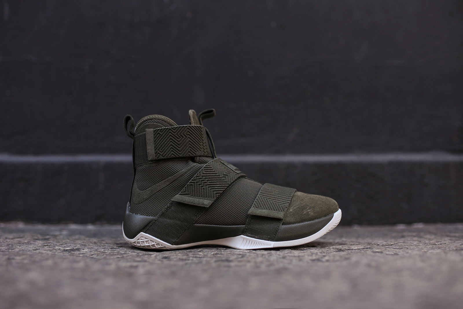 9cfc5e690eabb1 Nike LeBron Soldier X SFG LUX - Olive – Kith