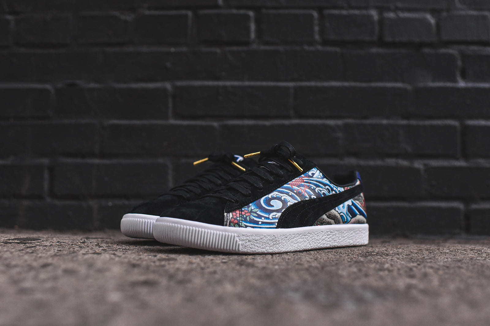 purchase cheap 3d363 ff6c6 Puma x Atmos Clyde - Three Tides Tattoo – Kith