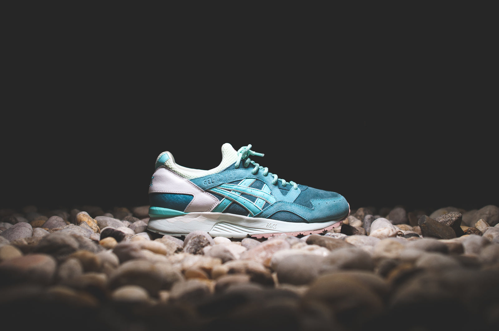 sports shoes 75572 850f0 RONNIE FIEG x ASICS GEL LYTE V - ROSE GOLD & SAGE @ KITH NYC ...