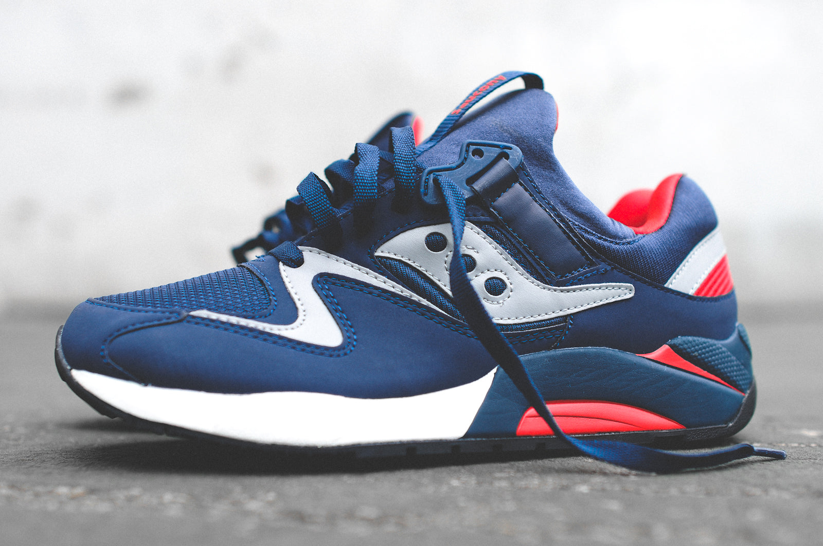d6abf585ea6bd Buy saucony grid 9000 grey red   Up to OFF44% Discounted