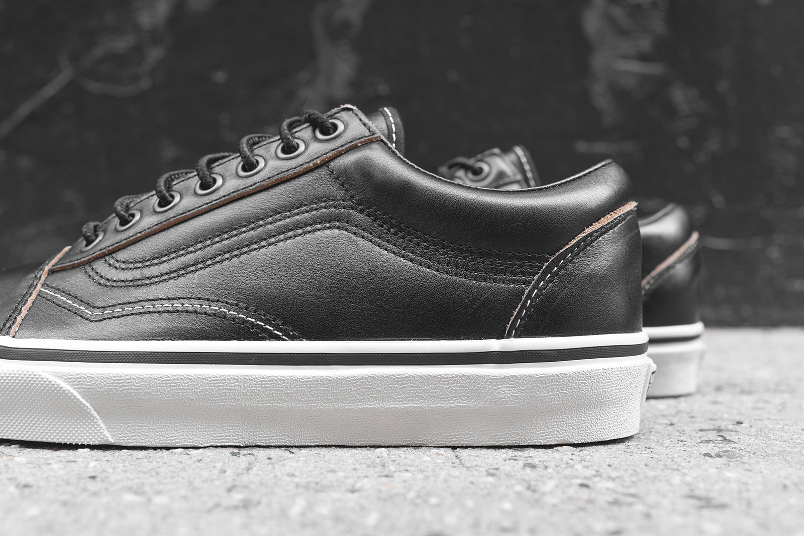 8474442969 Vans Old Skool Ground Breakers - Black   Marshmallow. September 07