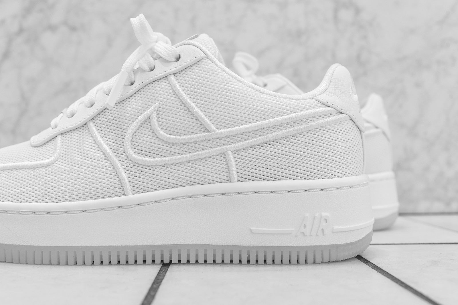 Nike WMNS Air Force 1 Low Upstep Triple White – Kith