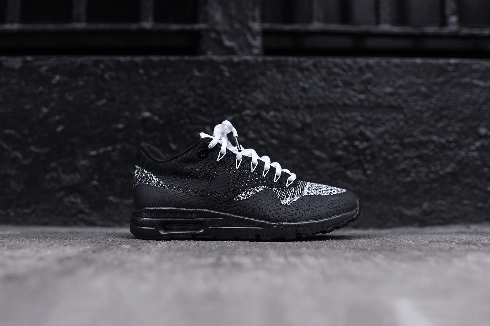 pretty nice 70956 e7a05 Nike WMNS Air Max 1 Ultra Flyknit - Black / Anthracite ...