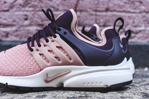 Nike WMNS Air Presto - Salmon / Navy 3