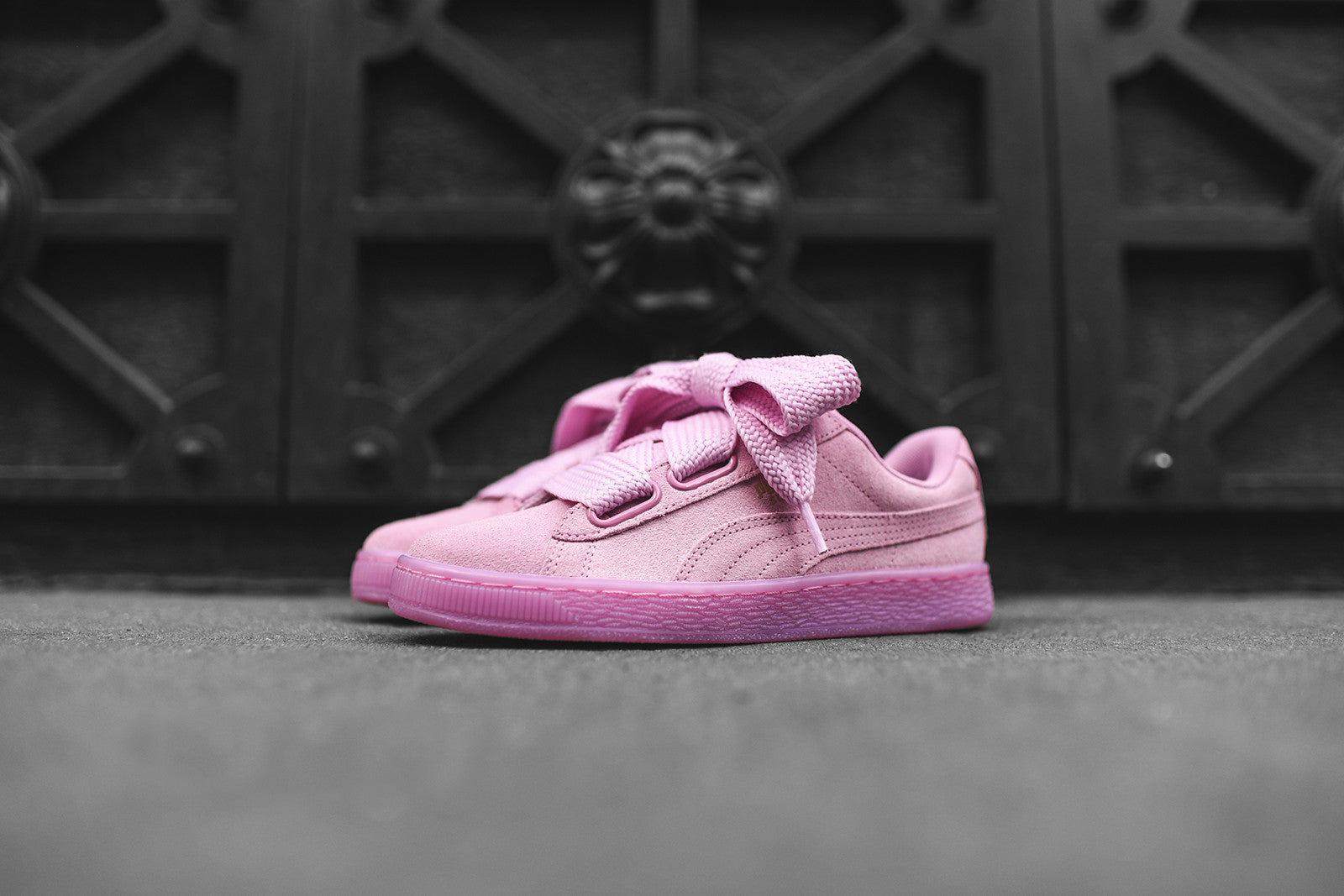 Puma WMNS Suede Heart Bow Pink – Kith
