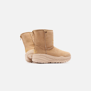 UGG x Mastermind CA805 Classic - Military Sand