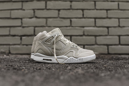 Nike Air Tech Challenge II Laser - Birch