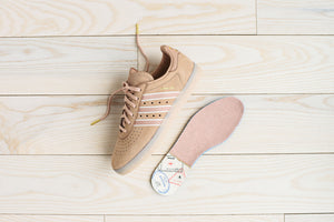 pretty nice aba06 66196 adidas x Oyster 350 - Ash Pearl / White / Gold – Kith